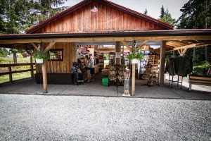 Pineridge RV Farm Market