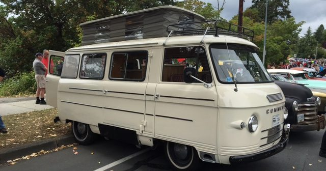 Classic Commer Camper Spotted in Victoria!