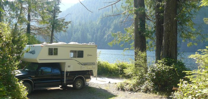10 North Vancouver Island campsites that won't break the bank.